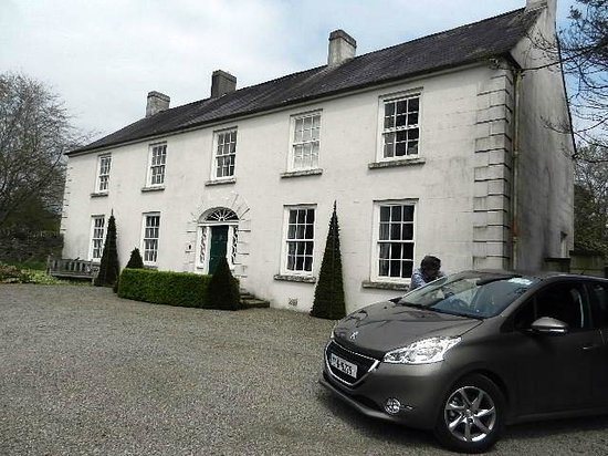 Ballymote Country House: James says 'good-bye.'