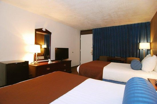 BEST WESTERN Garden Oasis: Two Full Size Beds Guest Room