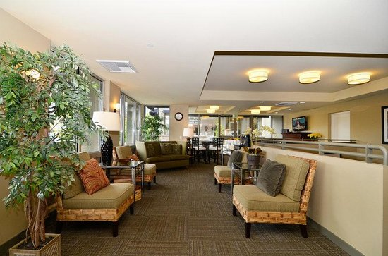 BEST WESTERN PLUS Bainbridge Island Suites: Lobby