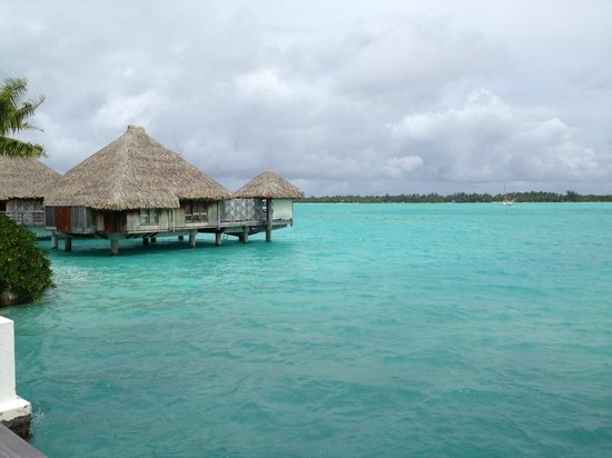 The St. Regis Bora Bora Resort: stunning