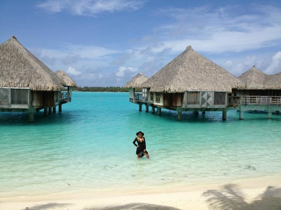 The St. Regis Bora Bora Resort: small beach