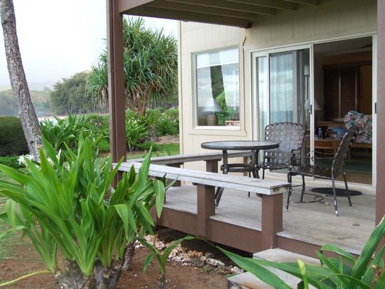 Hanalei Colony Resort: Deck w/View