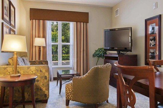 Homewood Suites by Hilton Orlando: Suite Living Room
