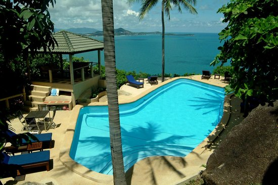 Samui Mountain Village : Pool with a view