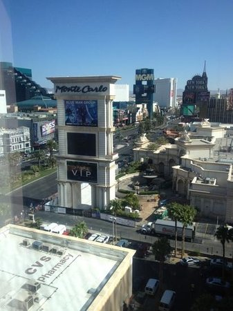 Mandarin Oriental, Las Vegas: Day time view from room 902