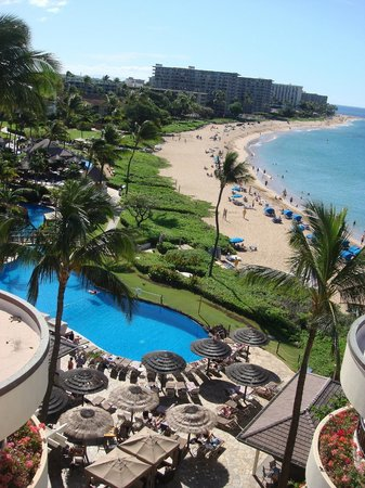 Ka'anapali Beach Hotel: The beach