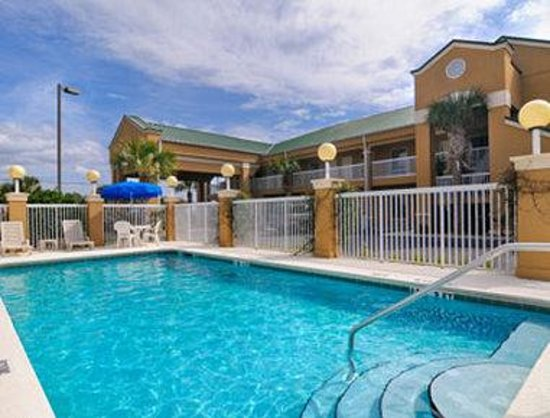 Crestview, FL: Pool