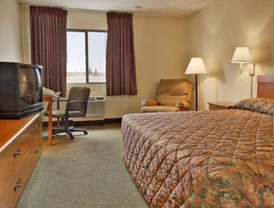 Days Inn Rawlins: Standard King Bed Room