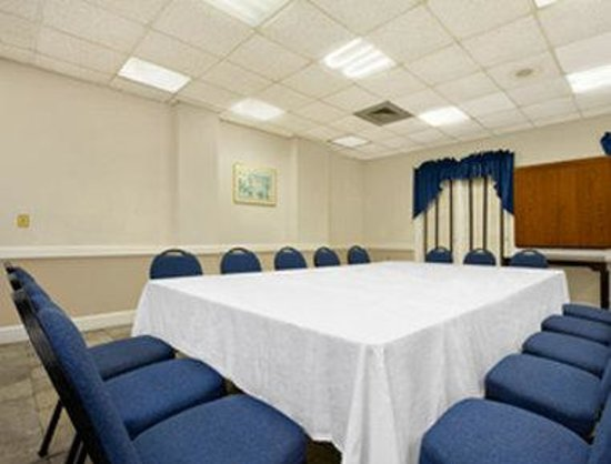 Charleston - Days Inn Historic District : Meeting Room