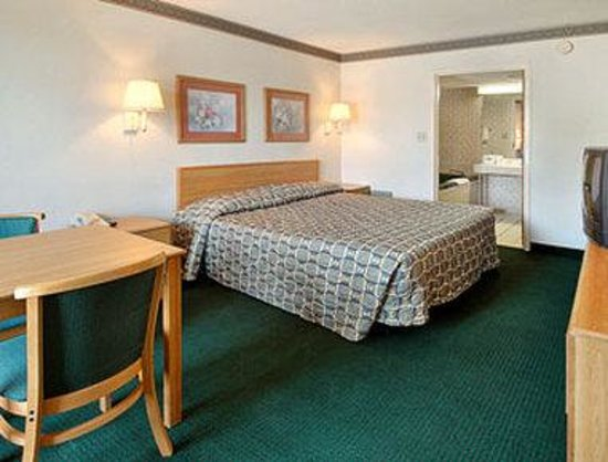Newberry, SC: Standard King Bed Room