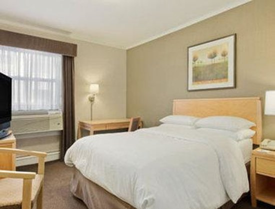 Days Inn Chicago: 1 Double Bed Non Smoking Standard Room