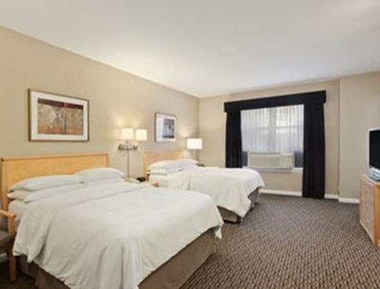 Days Inn Chicago: 2 Double Bed Non Smoking Standard Room