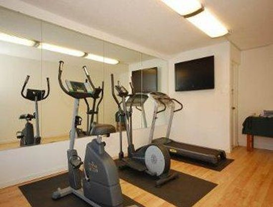 Days Inn Asheville Mall: Fitness Center