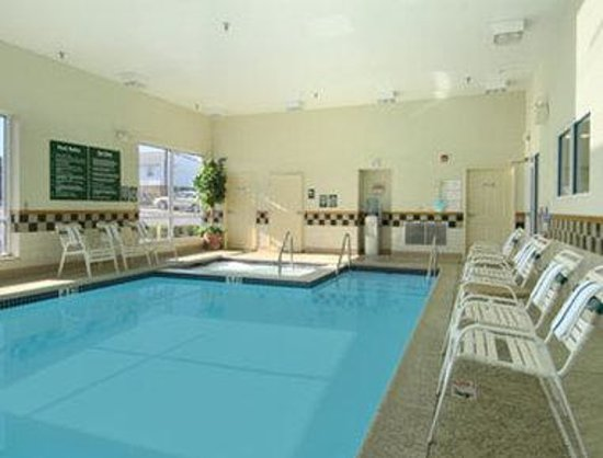 Days Inn Hershey: Pool
