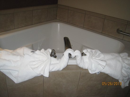 Clarion Inn: the jacuzzi