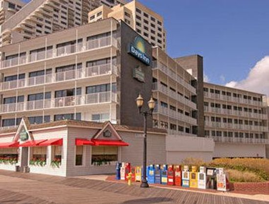 Days Inn Atlantic City Beachfront: Welcome to Days Inn Atlantic City Oceanfront-Boardwalk