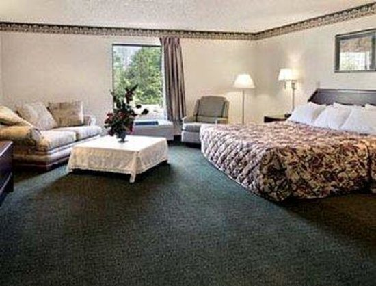 Gray Days Inn: Jacuzzi Suite