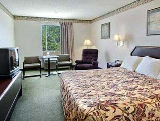 Gray Days Inn: Standard King Bed Room
