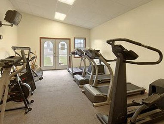 Days Inn Frostburg: Fitness Center