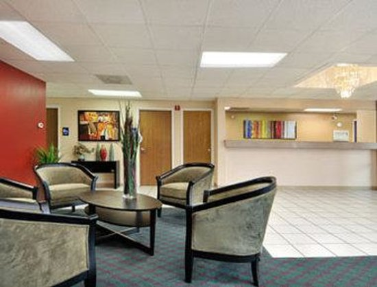 Days Inn & Suites Round Rock: Lobby