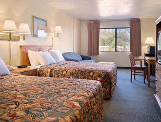 Days Inn and Suites Flagstaff East: Mini Suite