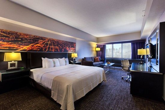 Holiday Inn Chicago - Mart Plaza
