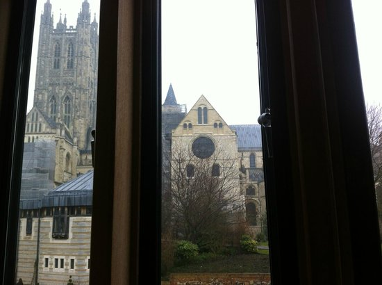 Canterbury Cathedral Lodge: View of Canterbury Cathedral from room