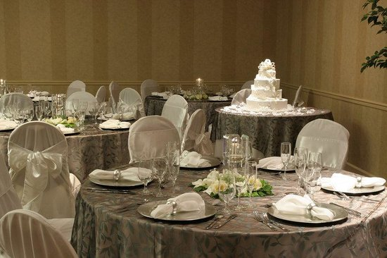 Holiday Inn Denver - Cherry Creek: Holiday Inn Denver-Cherry Creek  Wedding