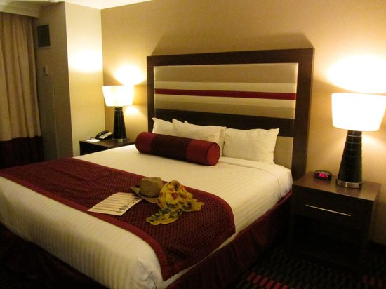 Stratosphere Hotel, Casino and Tower: Our bedroom