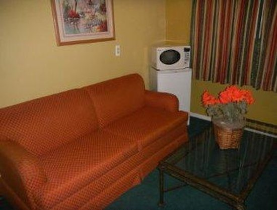 Howard Johnson Phoenix Airport/Downtown Area: Suite