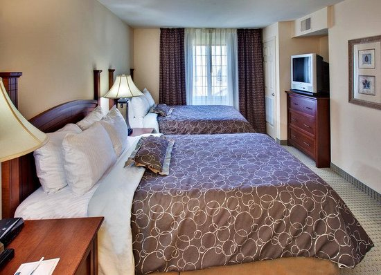 Staybridge Suites Davenport: Double Bed Guest Room