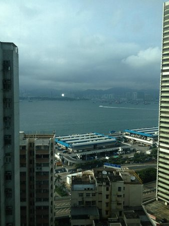 Traders Hotel, Hong Kong: View of Harbour