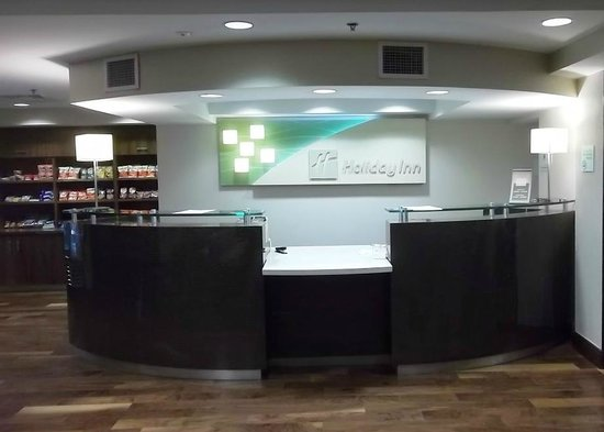Holiday Inn BWI Airport: Guest Reception Desk