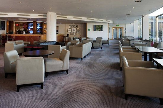 Holiday Inn Oxford: Bar and Lounge
