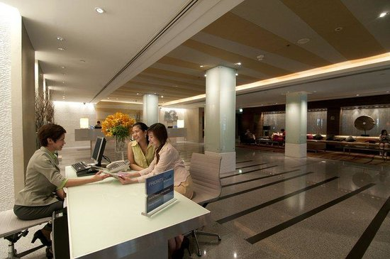 Holiday Inn Bangkok: Concierge