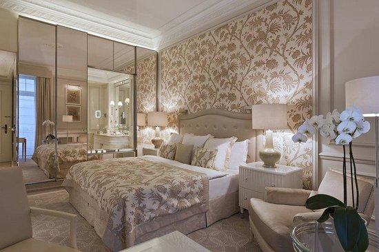Beau-Rivage Palace: Guest Room