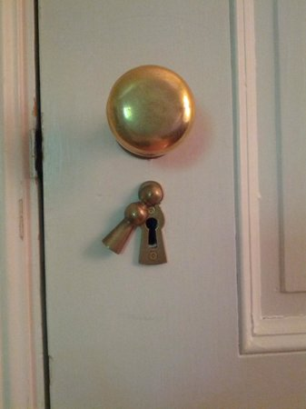 Stony Point Bed & Breakfast: keyhole