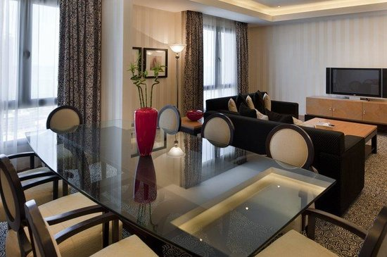 Holiday Inn Kuwait Downtown: Diplomatic Suite, an excellent choice for comfort
