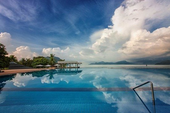 The Westin Langkawi Resort & Spa: Infinity Pool