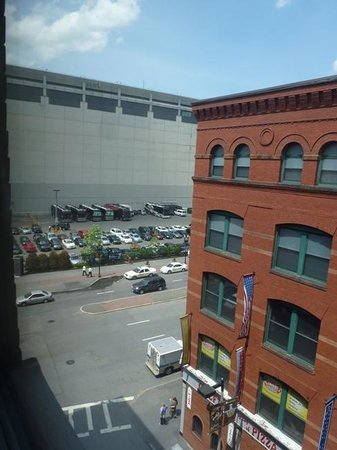 Holiday Inn Express Hotel & Suites Boston Garden: View out my window- you can see TD Garden