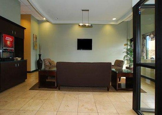 Quality Suites Downtown: Lobby