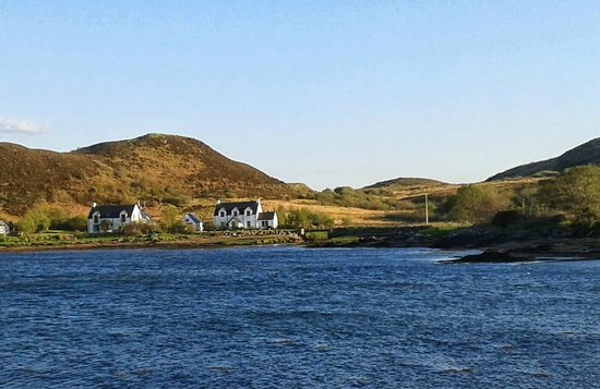 Sleat, UK: Barabhaig is the house in the middle
