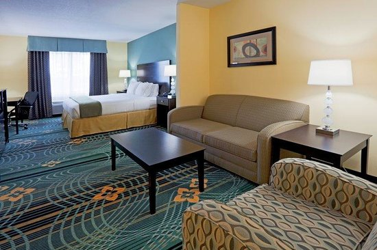 Palm Bay, FL: King Bed Suite Guest Room