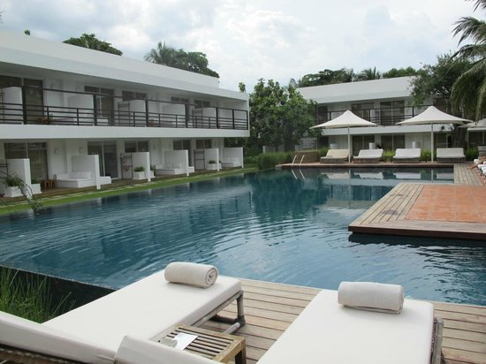 Putahracsa Hua Hin: relax by the pool