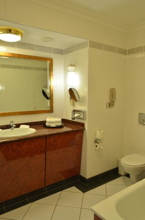 Park House Hotel: Bathroom