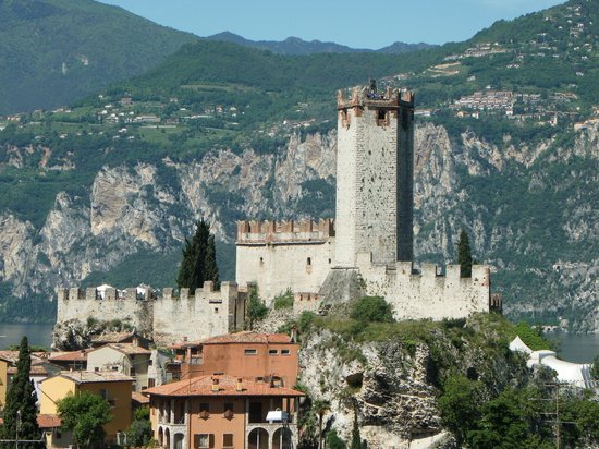 malcesine dating site Lake garda has lots of picturesqe towns & villages that you  malcesine malcesine is located  the san pietro church which is one of the oldest churches dating .