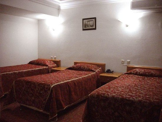 Bekdas Hotel: Triple room
