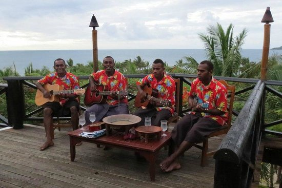 ‪‪Wananavu Beach Resort‬: Wananavu serenaders‬