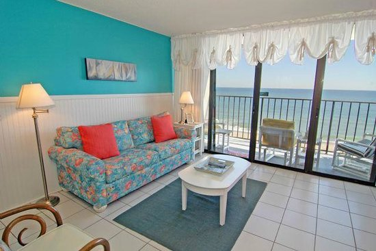 Atlantic Towers: One Bedroom Oceanfront Suite