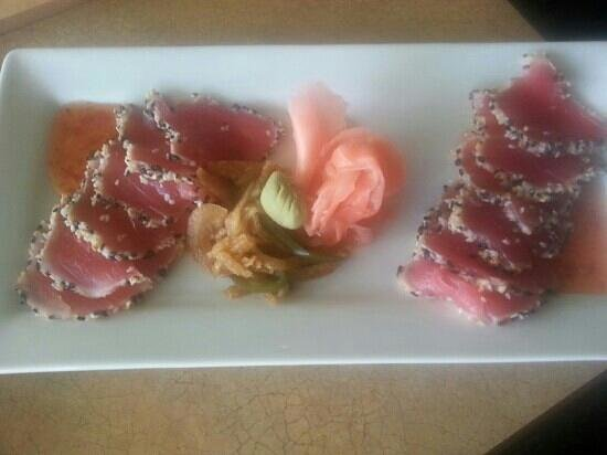 Lake Ozark, MO: Seared Ahi Tuna